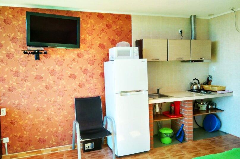"""Апартаменты """"Лилия"""" (корпус 2), Строителей, 1-Е на 4 номера - Фотография 9"""