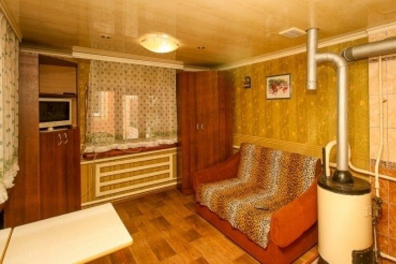 Дом, 50 кв.м. на 6 человек, 3 спальни, улица Кухаренко, 39, Ейск - Фотография 3