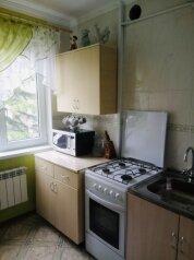 1-комн. квартира, 30 кв.м. на 5 человек, Партизанская, 36, Алушта - Фотография 2