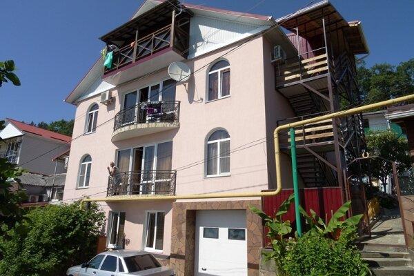 Гостевой дом, улица Седова, 4 на 17 номеров - Фотография 1