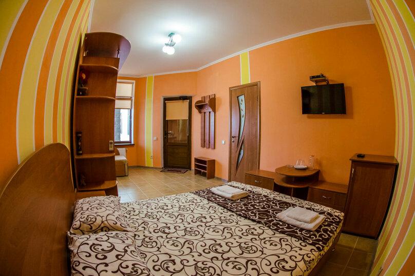 """Гостевой дом """"Лев """", Морская улица, 16 на 20 комнат - Фотография 48"""