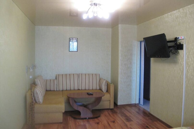 1-комн. квартира, 32 кв.м. на 4 человека, улица Репина, 18, Севастополь - Фотография 1