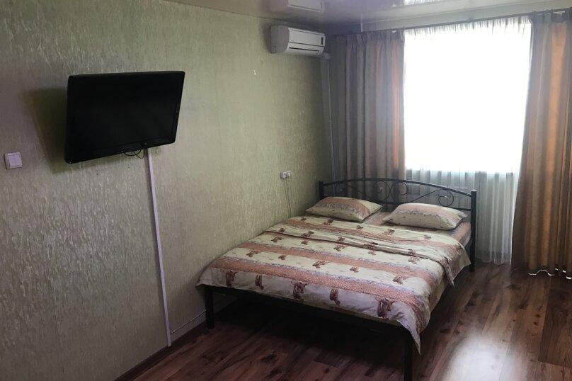 1-комн. квартира, 32 кв.м. на 4 человека, улица Репина, 18, Севастополь - Фотография 8