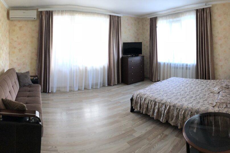 1-комн. квартира, 45 кв.м. на 4 человека, улица Героев Бреста, 41, Севастополь - Фотография 1