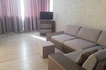 3-комн. квартира, 90 кв.м. на 6 человек, Лиговская улица, 4, Севастополь - Фотография 1