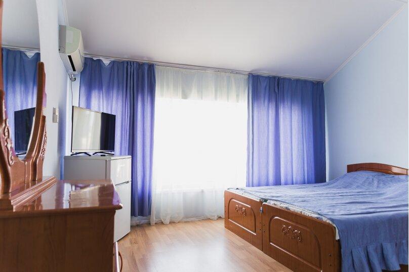 Стандарт двухместный с одной двуспальной кроватью, Медовая улица, 24, Адлер - Фотография 1