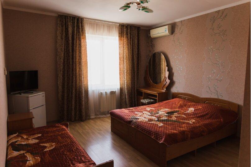 """Гостевой дом """"Клевер"""", Медовая улица, 24 на 28 комнат - Фотография 35"""