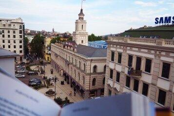 2-комн. квартира, 64 кв.м. на 4 человека, улица Г. Леонидзе, 1, Тбилиси - Фотография 1