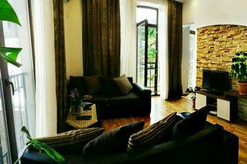 2-комн. квартира, 45 кв.м. на 3 человека, улица Павла Ингороквы, Тбилиси - Фотография 1