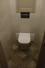2-комн. квартира, 55 кв.м. на 7 человек, проспект Стачек, 59, Санкт-Петербург - Фотография 2