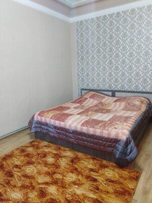 2-комн. квартира, 40 кв.м. на 3 человека, улица Рубина, 6, Пятигорск - Фотография 1