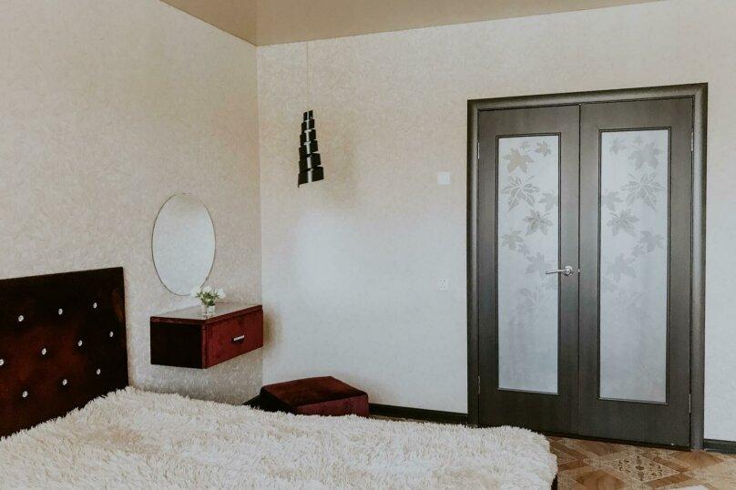 1-комн. квартира, 43 кв.м. на 2 человека, улица Салавата Юлаева, 30, Челябинск - Фотография 3