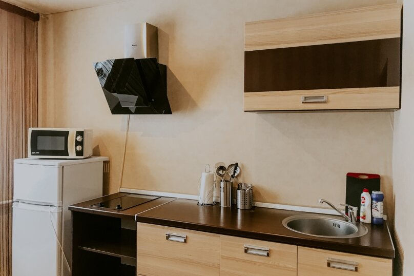 1-комн. квартира, 43 кв.м. на 2 человека, улица Салавата Юлаева, 30, Челябинск - Фотография 5