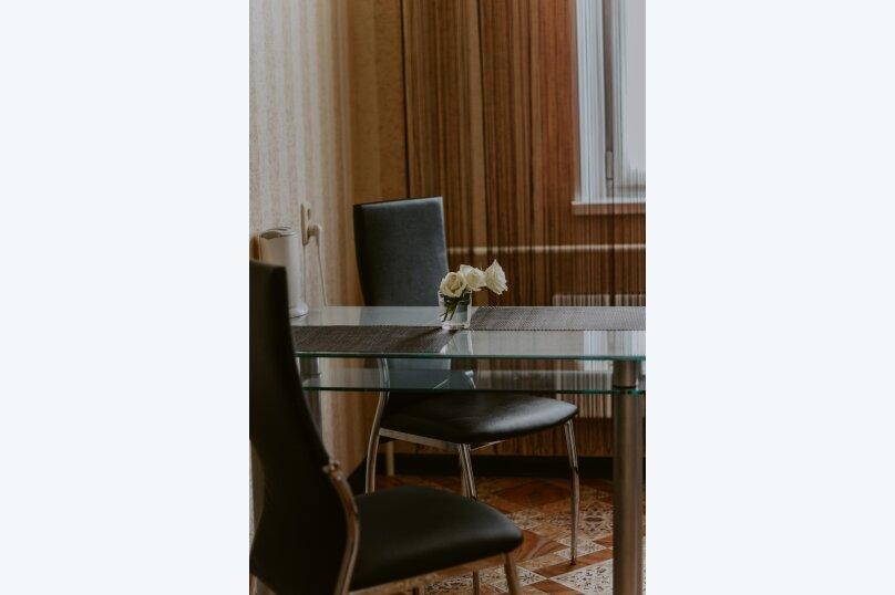1-комн. квартира, 43 кв.м. на 2 человека, улица Салавата Юлаева, 30, Челябинск - Фотография 6