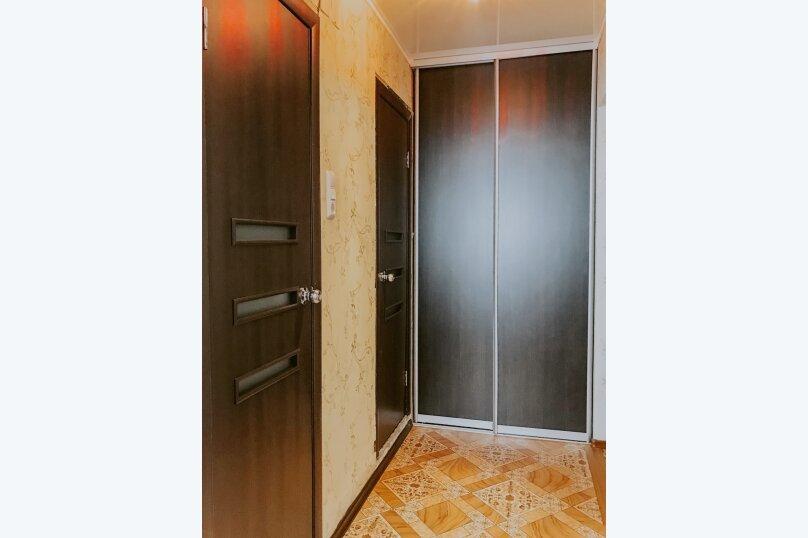 1-комн. квартира, 43 кв.м. на 2 человека, улица Салавата Юлаева, 30, Челябинск - Фотография 9