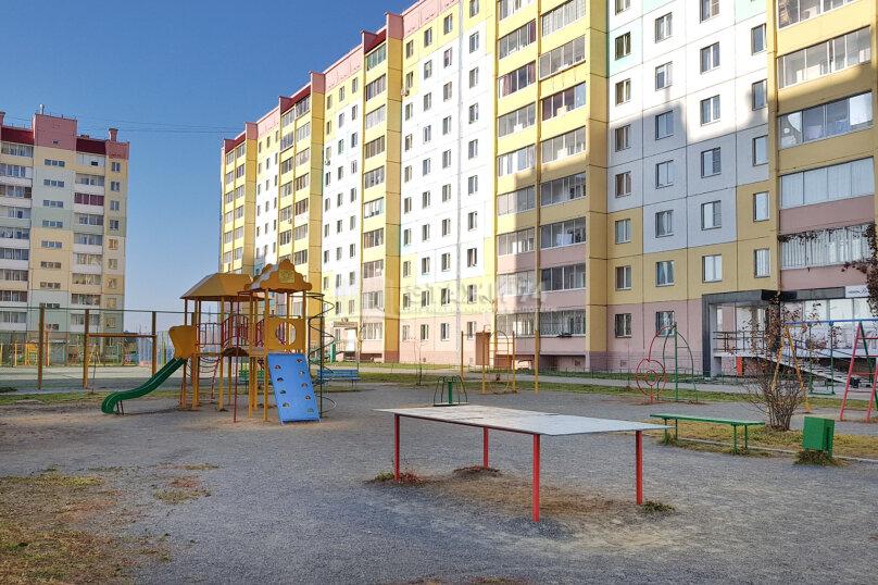 1-комн. квартира, 43 кв.м. на 2 человека, улица Салавата Юлаева, 30, Челябинск - Фотография 11