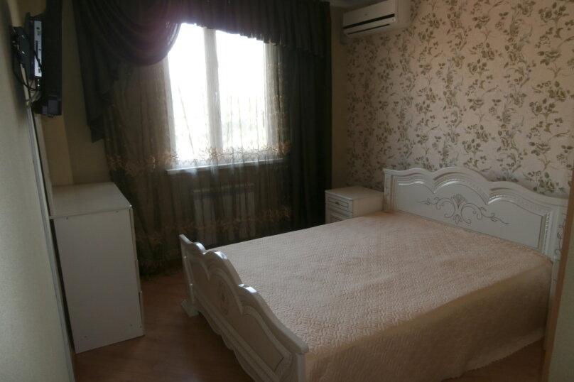 "Апартаменты ""У Жанны"", улица Павлика Морозова, 18А на 18 комнат - Фотография 8"