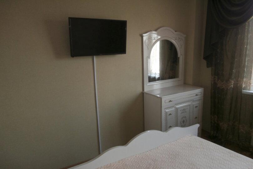 "Апартаменты ""У Жанны"", улица Павлика Морозова, 18А на 18 комнат - Фотография 32"