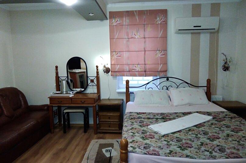 """Мини-гостиница """"Вельвет"""", улица Толстого, 38 на 7 комнат - Фотография 14"""