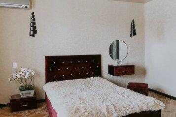 1-комн. квартира, 43 кв.м. на 2 человека, улица Салавата Юлаева, 30, Челябинск - Фотография 2
