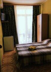 Гостевой дом , Черноморская улица, 10 на 17 номеров - Фотография 1
