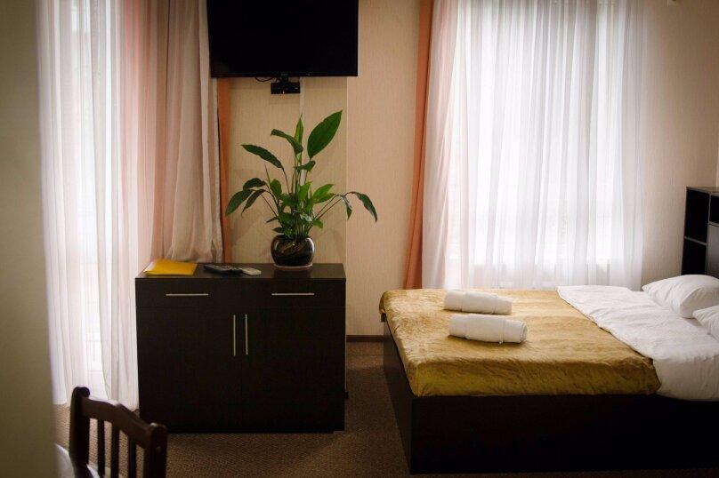 """Гостевой дом """"Просперус"""", Красная улица, 34Ж на 22 комнаты - Фотография 2"""