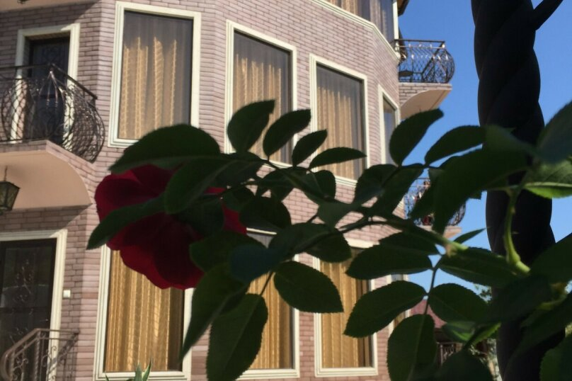 """Гостевой дом """"Villa Familia"""", улица Братьев Джинджолия, 44 на 12 номеров - Фотография 4"""