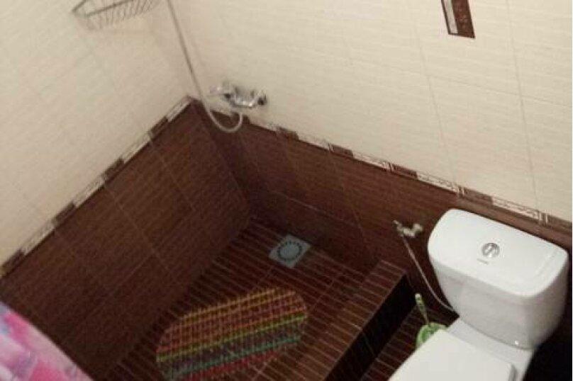 Трехместный с удобствами в номере, улица Лакоба, 27, Гагра - Фотография 4
