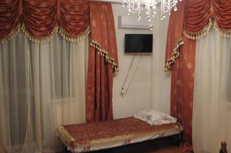 Усадьба, 200 кв.м. на 12 человек, 4 спальни, Молодёжная улица, 94, Солнечногорское - Фотография 4