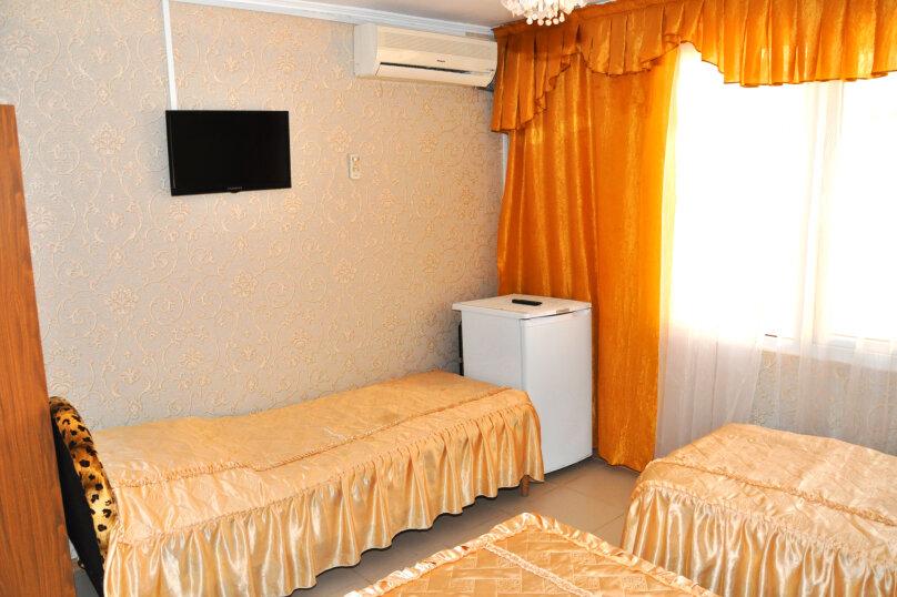 Гостиница 949046, Декабристов , 59/2 А на 22 комнаты - Фотография 2