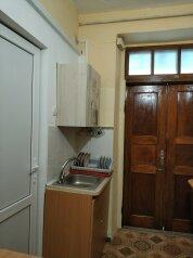 Дом, 70 кв.м. на 8 человек, 3 спальни, улица Маяковского, 12, Феодосия - Фотография 3