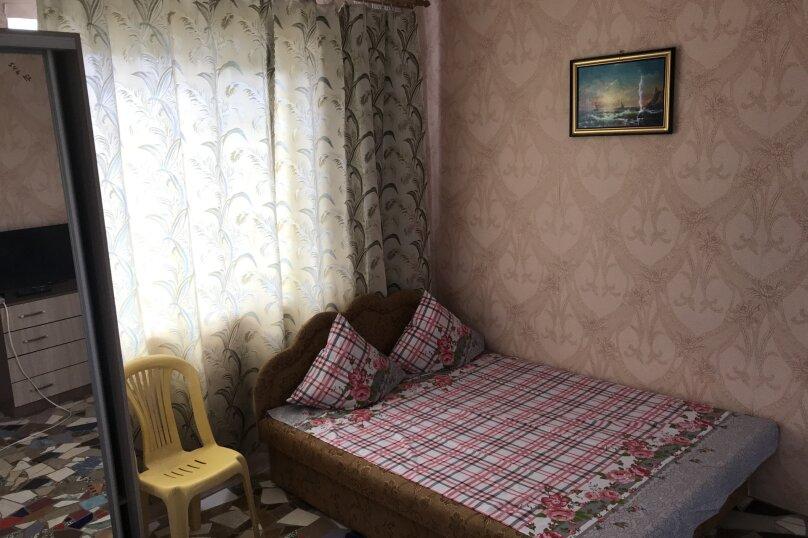 """Гостевой дом """"На 14 Апреля 15"""", улица 14 Апреля, 15 на 16 комнат - Фотография 24"""