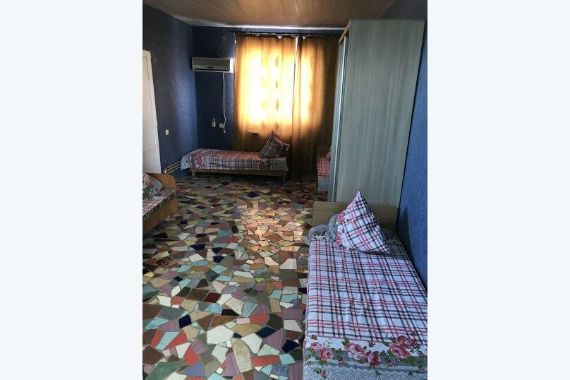 """Гостевой дом """"На 14 Апреля 15"""", улица 14 Апреля, 15 на 16 комнат - Фотография 14"""