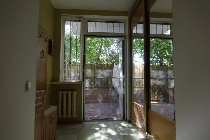 2-комн. квартира, 64.9 кв.м. на 8 человек, Октябрьская улица, 21, Алушта - Фотография 5
