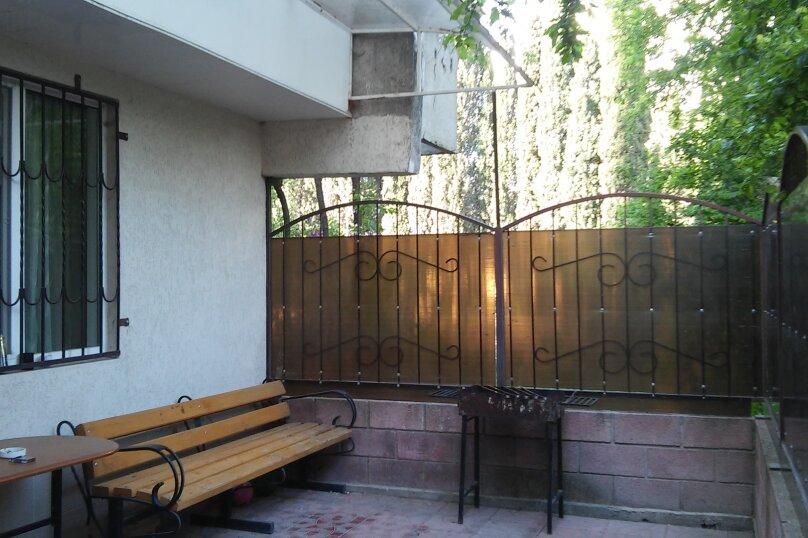 2-комн. квартира, 64.9 кв.м. на 8 человек, Октябрьская улица, 21, Алушта - Фотография 6