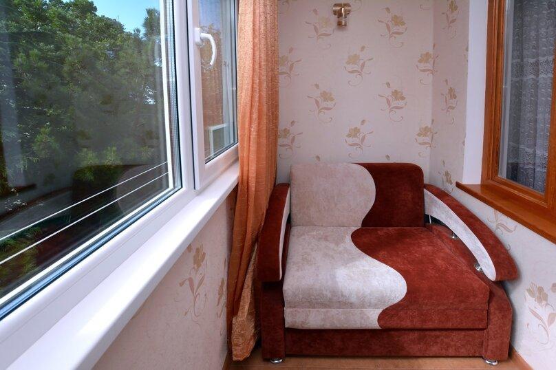1-комн. квартира, 32 кв.м. на 4 человека, улица Космонавтов, 18, Форос - Фотография 12