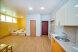 Улучшенный номер со своим сан.узлом и кухней, улица Молодых Строителей, 2, Севастополь - Фотография 1