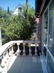 Дом, 150 кв.м. на 7 человек, 3 спальни, переулок Красноармейский, Алушта - Фотография 2