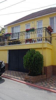 Гостевой дом рядом с мемориалом художника Айвазовского, переулок Айвазовского, 4 на 4 номера - Фотография 1