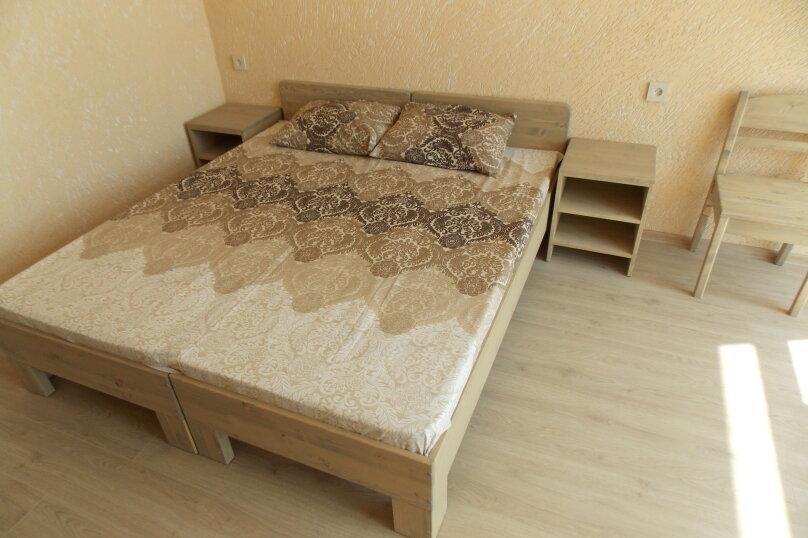 """Гостевой дом """"улица Южная 7"""", улица Рыбалко, 117 на 12 комнат - Фотография 2"""