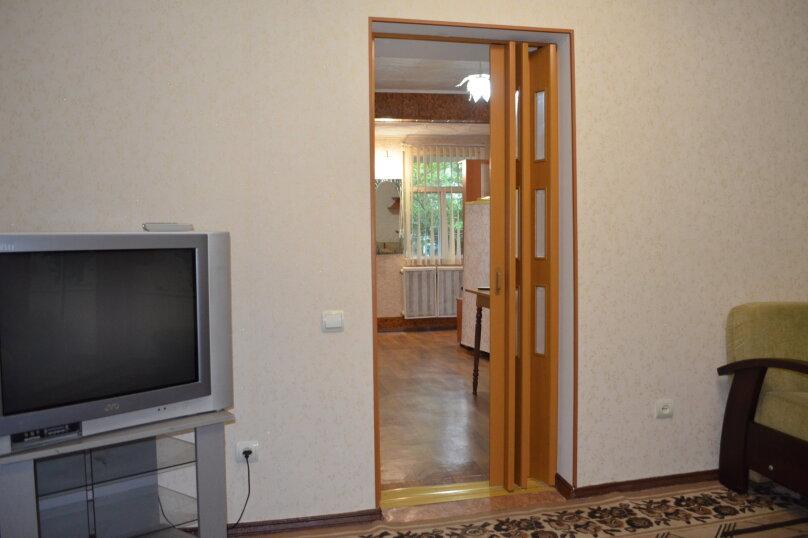 """Гостиница """"На Саранчева 2"""", улица Саранчева, 2 на 8 комнат - Фотография 97"""