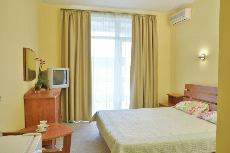 2-местный 1-комнатный (с балконом), улица Ленина, 125С, Коктебель - Фотография 1