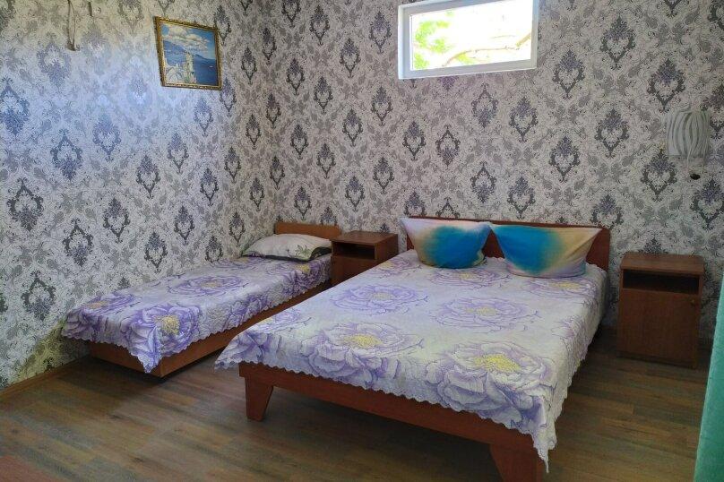 """Гостевой дом """"Катюша"""", 70 лет октября , 10 на 20 комнат - Фотография 2"""
