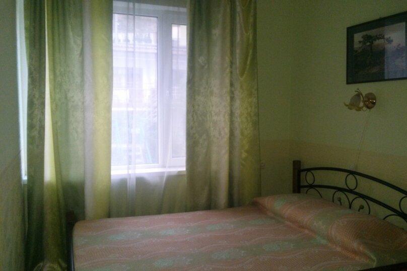 Однокомнатный двухместный номер с доп. местом, улица Танкистов, 15, Судак - Фотография 1