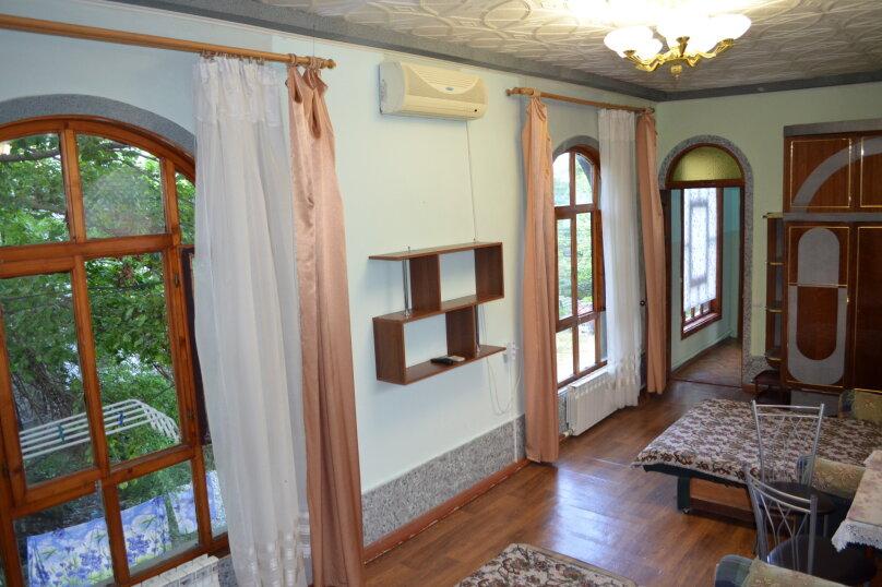 """Гостиница """"На Саранчева 2"""", улица Саранчева, 2 на 8 комнат - Фотография 17"""
