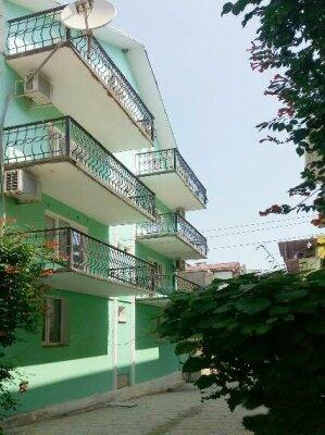 Гостевой дом, Парниковая, 105 на 9 номеров - Фотография 1
