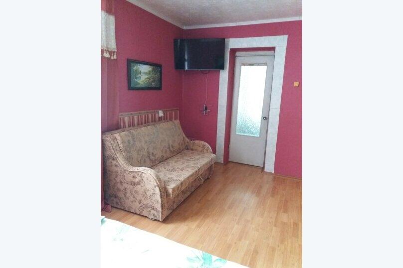 Дом-дача до 12 человек, 4 комнаты, большой двор, 200 кв.м. на 12 человек, 4 спальни, Раздольненское шоссе, 4, Евпатория - Фотография 26