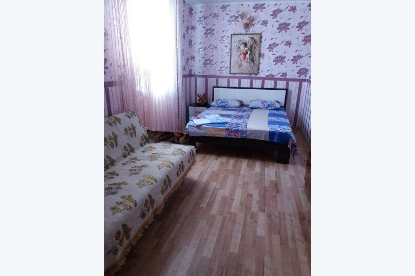Дом-дача до 12 человек, 4 комнаты, большой двор, 200 кв.м. на 12 человек, 4 спальни, Раздольненское шоссе, 4, Евпатория - Фотография 27