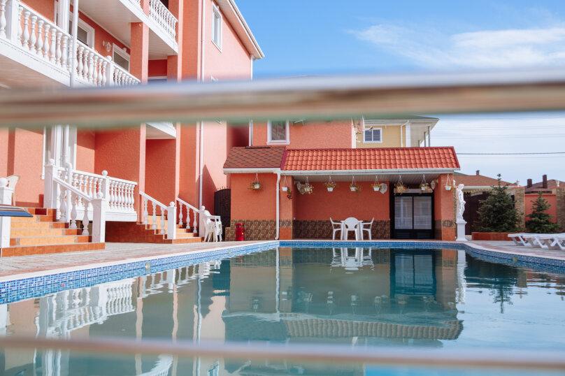 """Отель """"Red HOUSE"""", Севастопольская улица, 42 на 30 номеров - Фотография 3"""