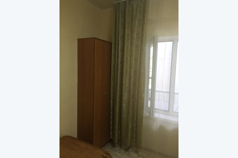 """Гостевой дом """"Бэлла"""", улица Кати Соловьяновой, 87А на 14 комнат - Фотография 9"""